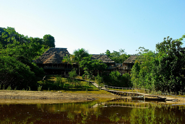 Amazonia-expeditions-lodge