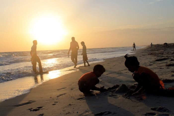 Sunset on gorgeous beach, Mannar Island, Sri Lanka